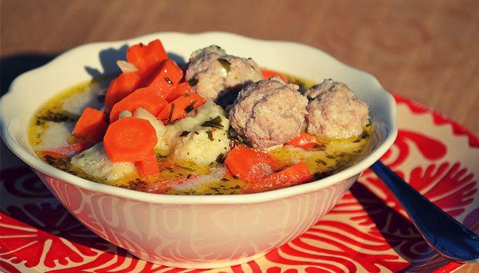 moksha.hu | Forró leves hideg napokra: tárkonyos húsgombócleves | http://www.moksha.hu