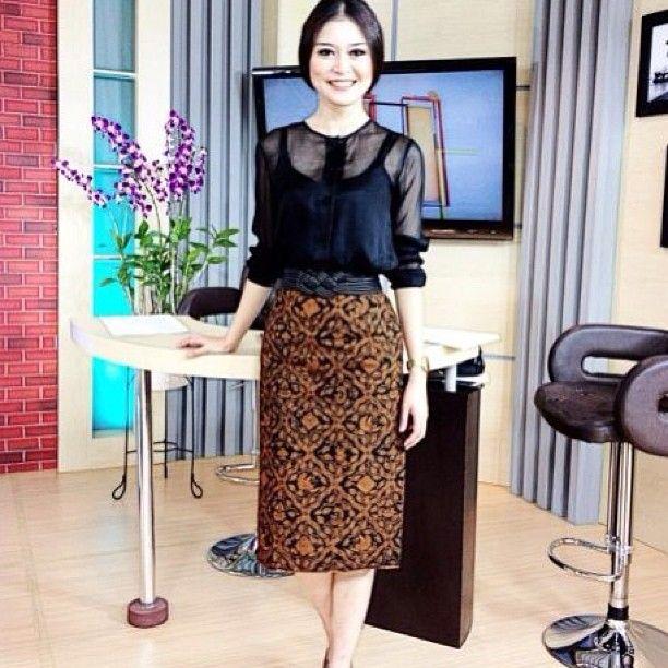 rok batik tikshirt