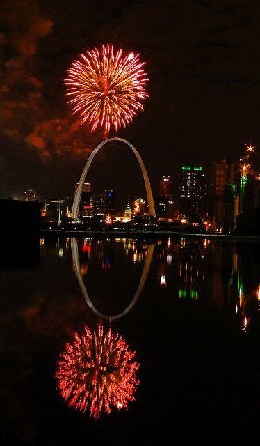 St. Louis Fireworks by MEPRD, via Flickr