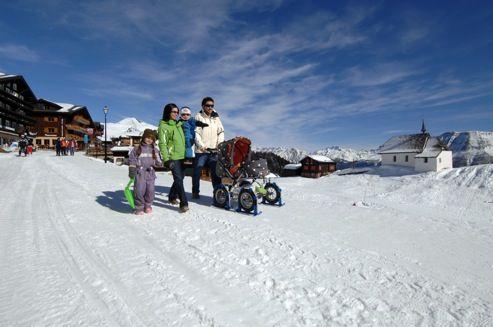 Svizzera, Vallese. Bettmeralp,  celestiale, soprattutto per i bambini. http://www.familygo.eu/viaggiare_con_i_bambini/svizzera/bettmeralp_famiglie.html