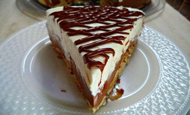 Πεντανόστιμο δίχρωμο μπισκοτογλυκό τούρτα με ζαχαρούχο και merenda | Newsone.gr
