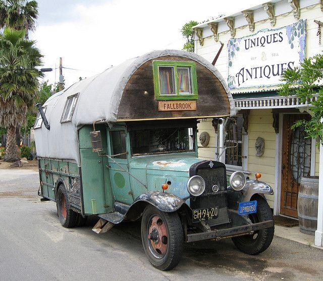 vintage rv, camper, motorhome