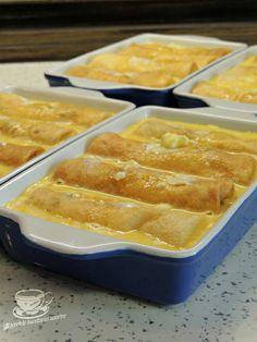 Clatite Banatene ca la Ana Lugojana. Clatite cu branza dulce si crema. Clatite cu branza dulce, stafide, crema vanilie si bezea. Clatite cu branza dulce la cuptor. Retete de clatite. Clatite