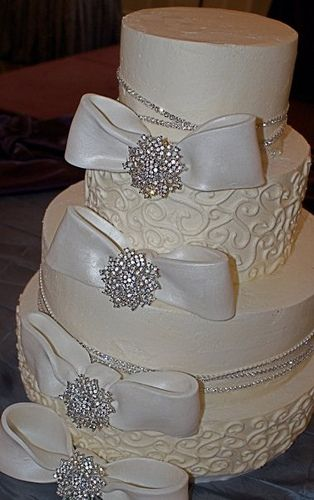 white wedding cake with gold bling 17 best ideas about rhinestone wedding cakes on 27410