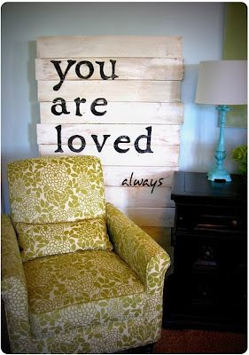 this would be perfect in a guest bedroom or baby room!