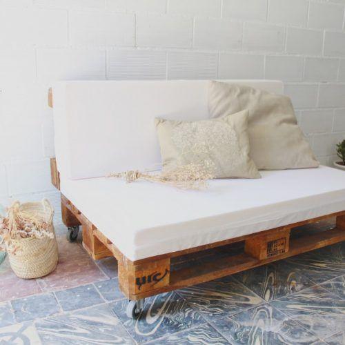 02-sofa-palets-maladeta-barniz