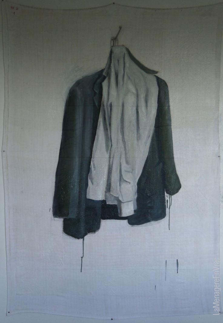 """LaMenagereEnVrac""""Veste et chemise MD1""""janvier2014 huile/papier de soie encollé sur drap de lin monogramme MD1(150x107cm)"""