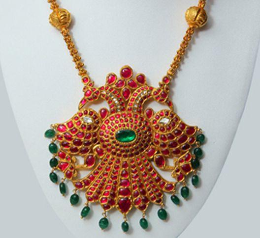 Mugappu and antique pendants-gold-pendants1-24-.jpg