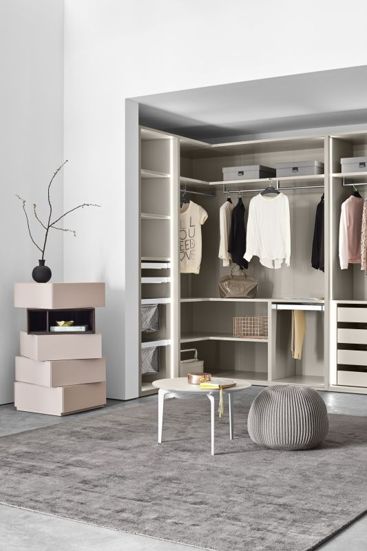 hjem design. Black Bedroom Furniture Sets. Home Design Ideas
