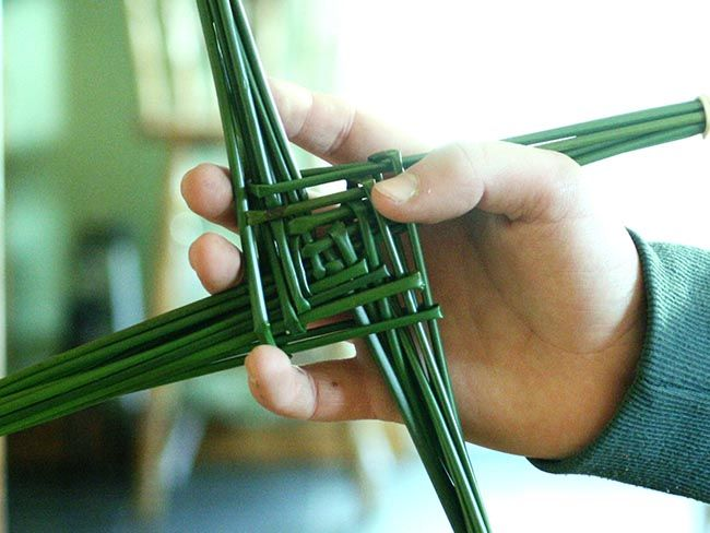 The roots of St. Brigid and how to make her iconic cross (VIDEO)