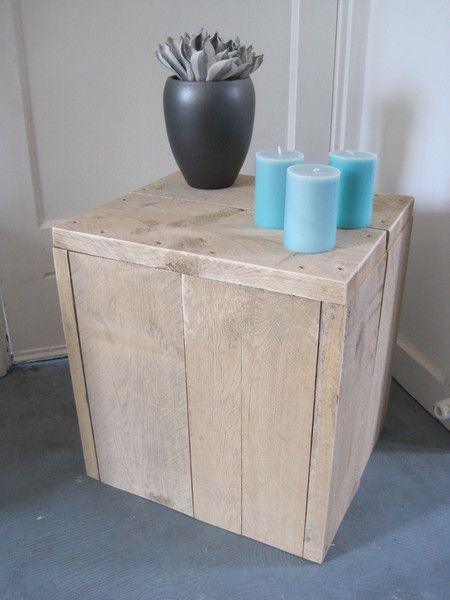 Bijzettafel / kruk gemaakt van gebruikt steigerhout