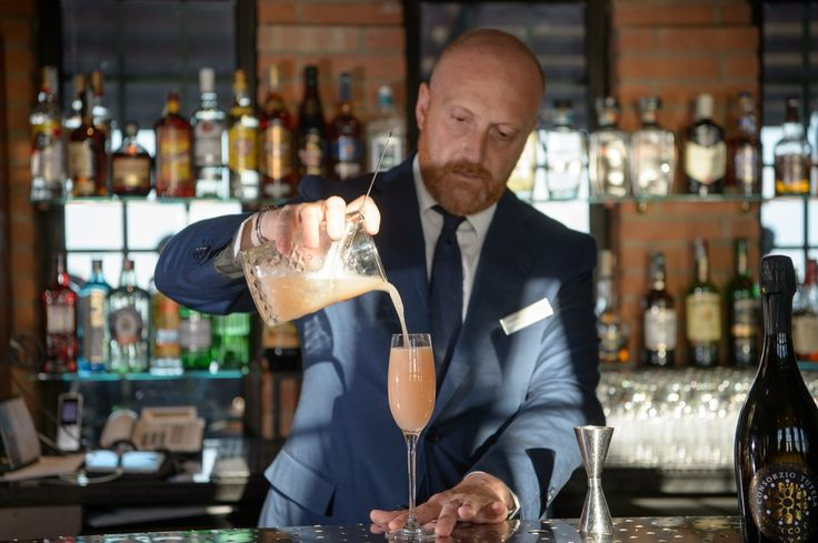 Four Italian Prosecco Cocktails We Love for Your Wedding Champagne Toast