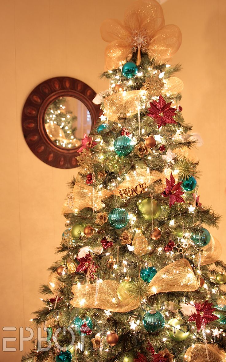 Christmas trees decorated with ribbon garland - Find This Pin And More On Christmas Ready Christmas Trees Decorated