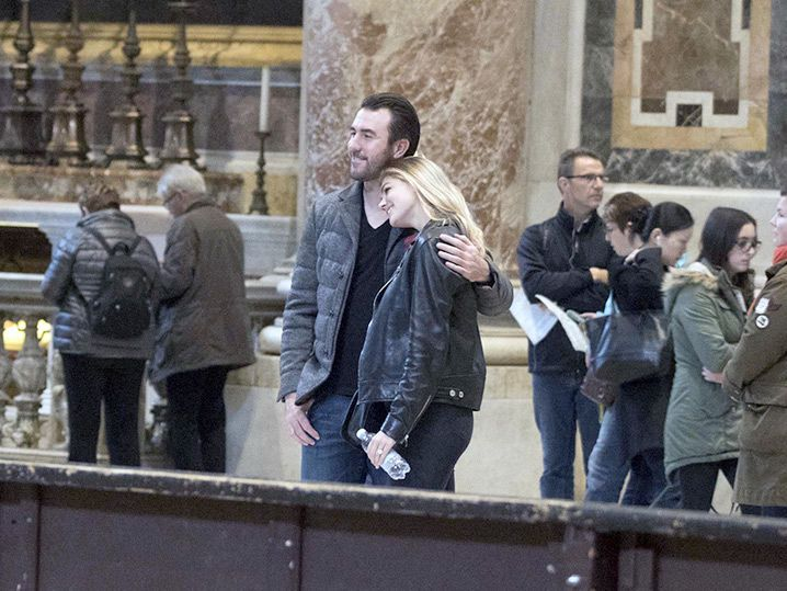 Kate Upton & Justin Verlander -- To Hell With Cy Young ... It's Vatican Time! (PHOTO GALLERY)