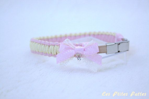 Petit collier bijou pour chien rose clair et jaune pâle