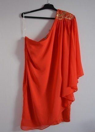 Kup mój przedmiot na #vintedpl http://www.vinted.pl/damska-odziez/krotkie-sukienki/16462551-nowa-sukienka-na-jedno-ramie