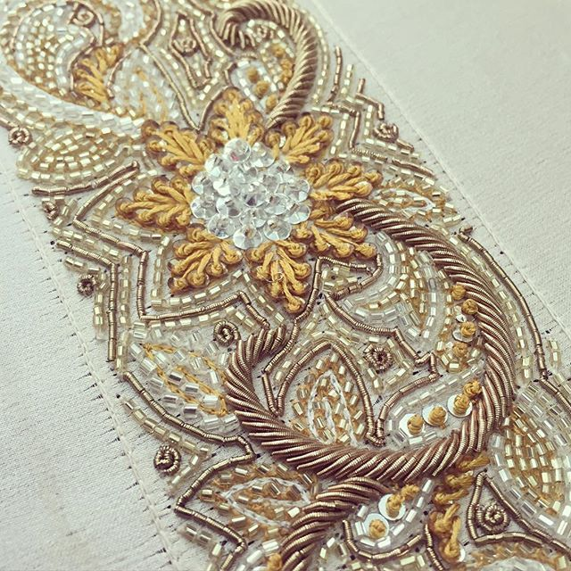 Details Embroidery, Spring Summer '16 #perniaqureshi #perniaqureshilabel #perniaspopupshop #bestylish #details #springsummer #embroidery