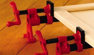 bessey-Rohrzwingen: günstige Alternative zu Korpuszwingen und Schraubknechten, bzw. zum Leimholzplatten herstellen