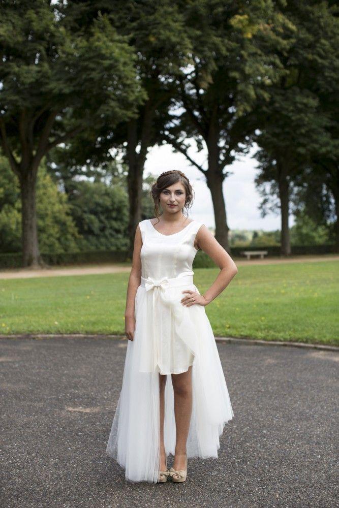 robe de mariée sur-mesure robe de mariée transformable modèle fanny 2 pièces robe courte et jupon en tulle ouvert rétro noeud satin styliste lyon Jupon amovible porté sur une robe courte fluide