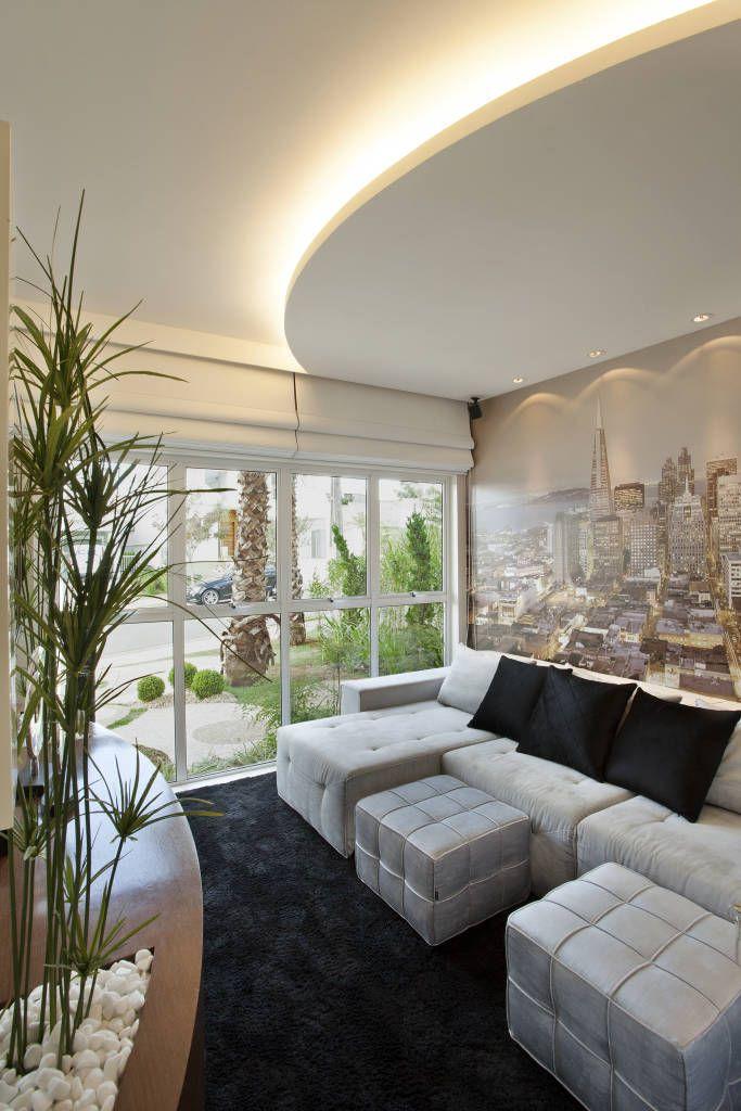Navegue por fotos de Salas multimídia modernas: Retrofit Casa Swiss Park Campinas. Veja fotos com as melhores ideias e inspirações para criar uma casa perfeita.