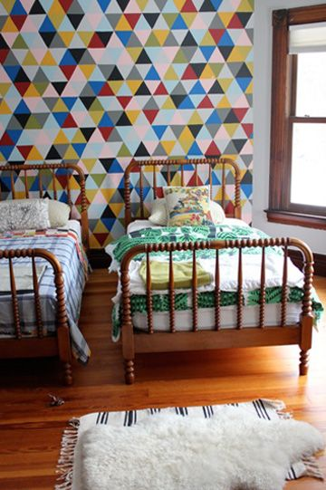 triangle wallpaper and vintage twin bed frames