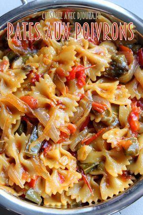 Pates aux poivrons 1 poivron vert – 1 poivron rouge – 3 cuillères à soupe d'huile d'olive – 2 petits oignons – 2 gousses d'ail – Sel – Poivre – 250 gr de pâtes farfalles