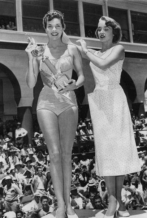 Lee Meriwether, Miss California (soon to be Miss America 1955, and a television actress). Miss USA year I was born.