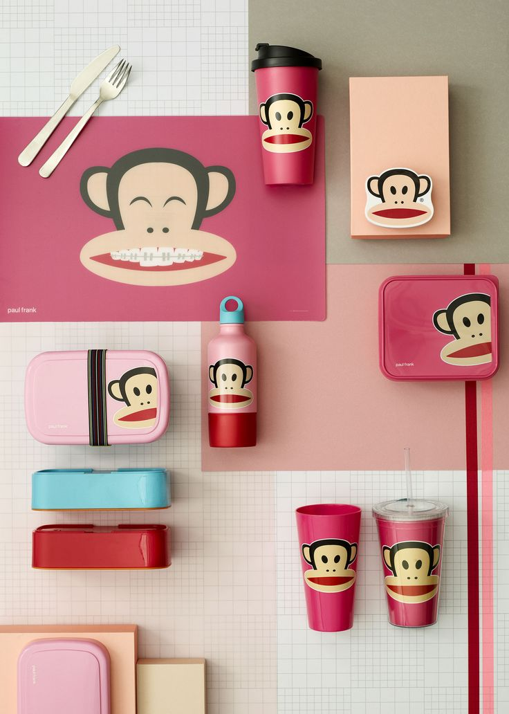 Julius the Monkey is looking forward to spending many happy lunch breaks with you! Paul Frank Collection. Dark pink - 1915c Design by Room Copenhagen.