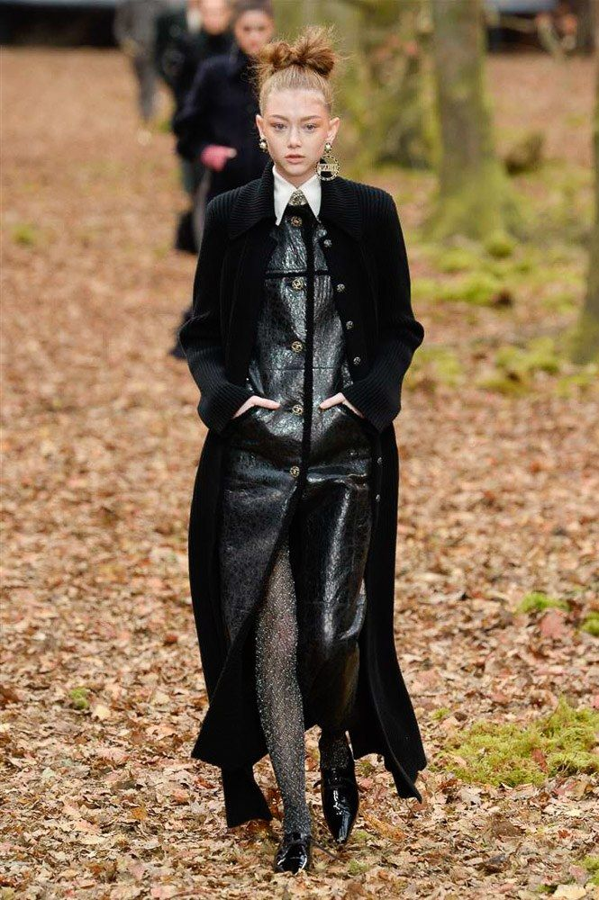 Chanel Fall 2018 Ready-to-Wear Collection - Vogue