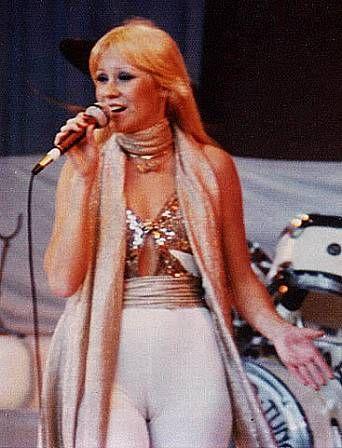 Agnetha in white lycra