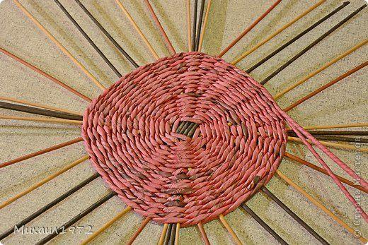 Поделка изделие Плетение Квадратное дно от центра Трубочки бумажные фото 1