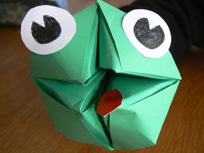 vouwen hoofd van kikker, maar ook peper en zout vaatje en geschikt voor een spel: achter elk vlakje een boodschap/wens/opdracht
