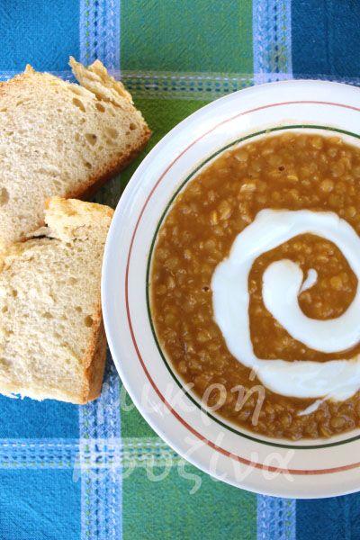 Κόκκινες φακές σούπα με τζίντζερ και κύμινο
