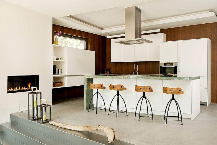 #Cocinas | El mobiliario y esquema de color destaca el cncepto relajado. | Galería de fotos 7 de 19 | AD MX