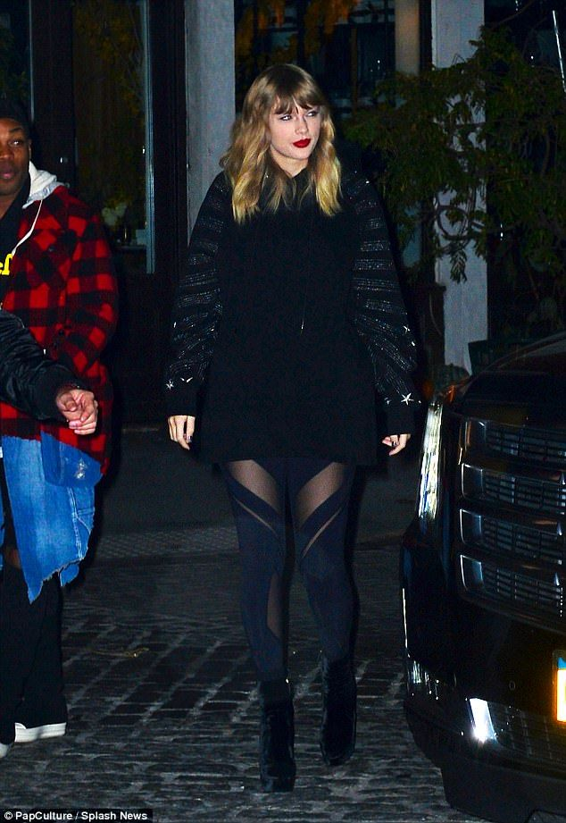 Show them you're a star in Taylor's oversized hoodie #DailyMail