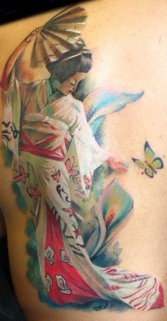 Girls with Tattoos (11)
