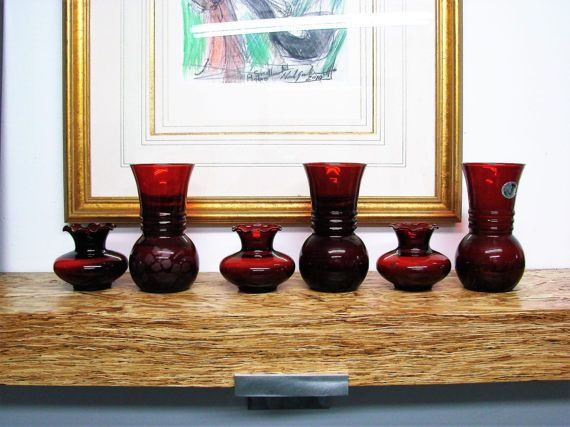 We offer 6 Ruby glass made in USA The Anchor Hocking Glass Corporation is famous among collectors for depression glass and Fire-King heat-proof glass. Royal Ruby is a name patented by Anchor Hocking for their deep red transparent glass. In 1937, the Hocking Glass Company and Anchor Cap Corporation merged,creating the Anchor Hocking Glass Corporation. Production of Royal Ruby glass began in 1938. According to Anchor Hockings Fire-King and More Identification and Value Guide by Gene Florence…