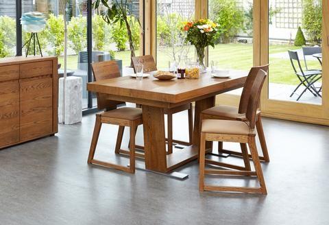 Olten Extending Dining Table in Oak Finish centre leg