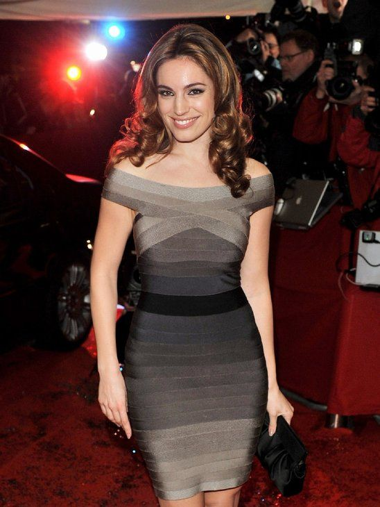 Kelly Brook Looks so hot in this ombre bodycon bandage dress. Shop the collection from Miss Circle at http://www.misscircle.com/Dresses/Bandage-Dress/Ombre/