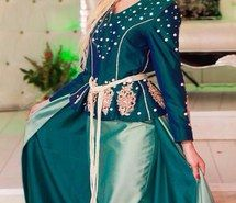Inspiring image fashion girl  beautiful jewellery  traditions traditional Algerian  clothes clothing  blond make up hot #2448332 by SumyCharlotte - Resolution 604x960px - Find the image to your taste