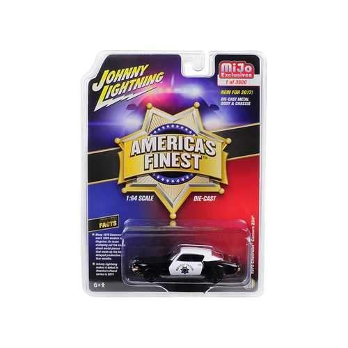 """1970 Chevrolet Camaro Z28 """"America's Finest"""" Highway Patrol Hobby Exclusive Limited Edition to 3600pcs 1/64 Diecast Model Car by Autoworld"""