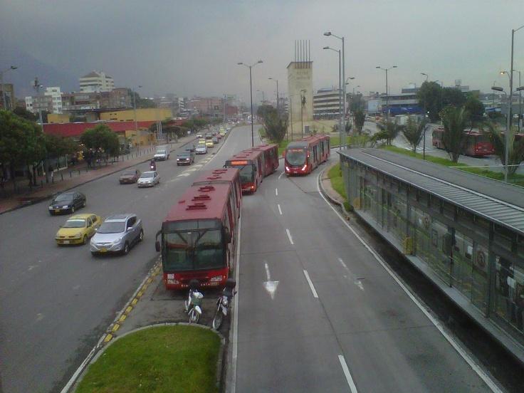 Transmilenio, Estación ''Héroes''