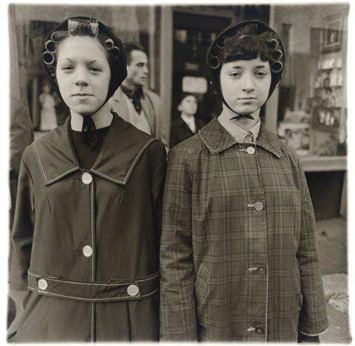 Diane Arbus - Two girls in curlers, N.Y.C. 1963.