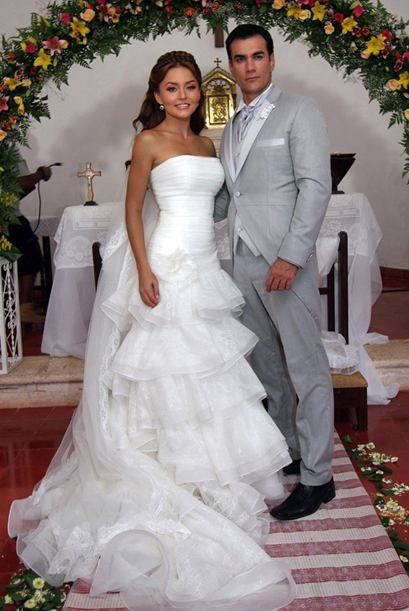 Angelique Boyer and David Zepeda