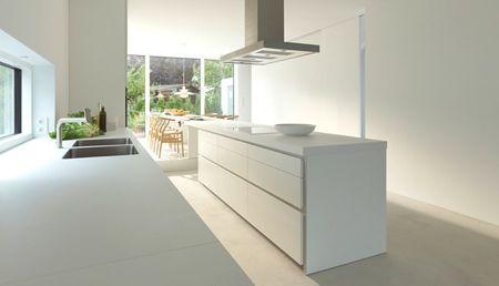 Cuisine lin aire avec ilot central bulthaup b1 cuisine for Cuisine epuree design