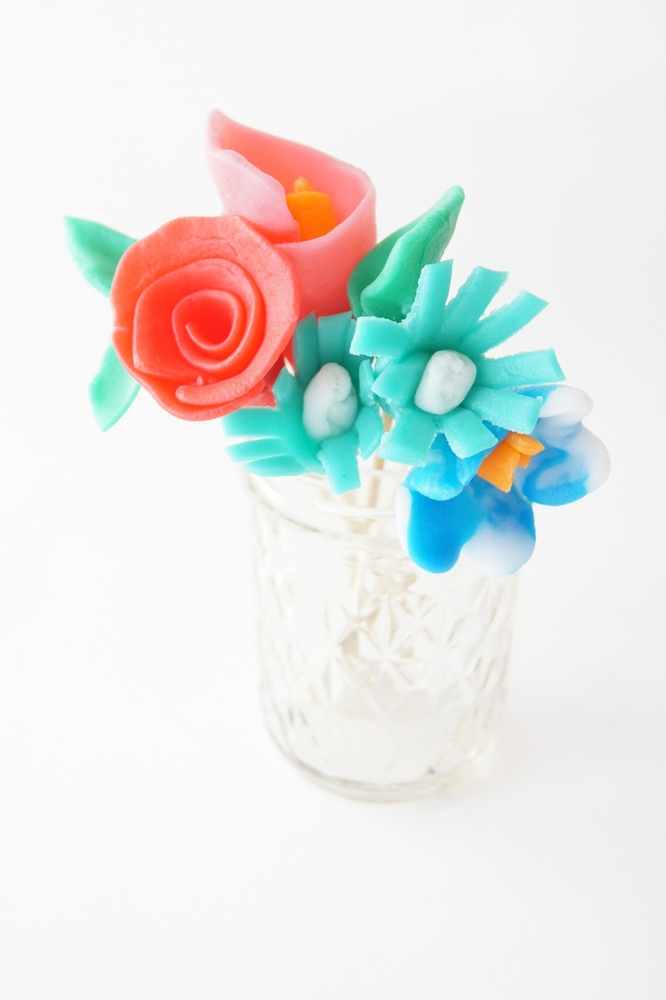 411 best DIY   flower projects images on Pinterest   Fabric flowers ...
