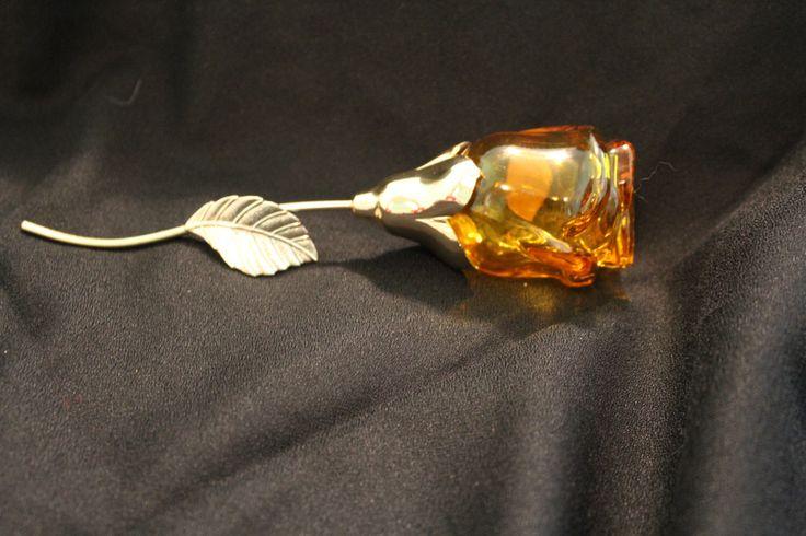 Vintage Avon Rose Perfume Bottle by PastToFuture on Etsy https://www.etsy.com/listing/266452809/vintage-avon-rose-perfume-bottle