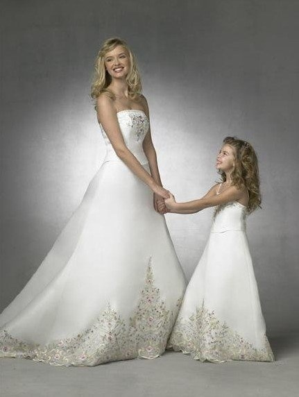 Love the matching mom and daughter dresses i was thinking for Matching wedding and flower girl dresses