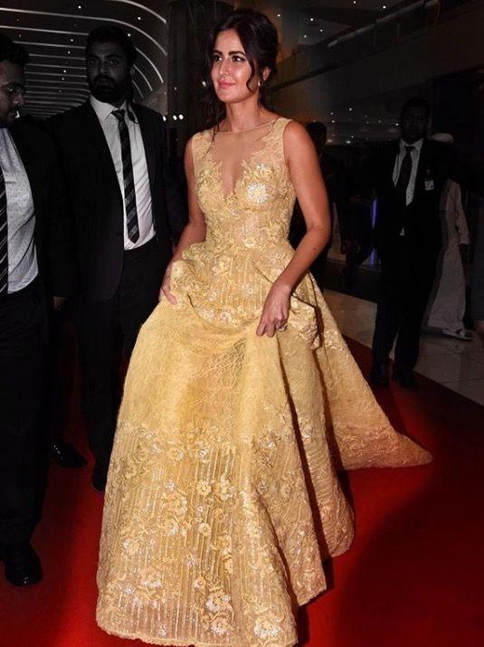 Katrina Kaif dazzles in yellow at SIIMA Awards 2017