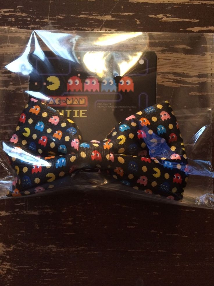 Where's all you #retrogamers at? Show some love for this Pac-Man bow tie! #pacman #atari #nintendo #nes #retrograming #tie #bowtie #game